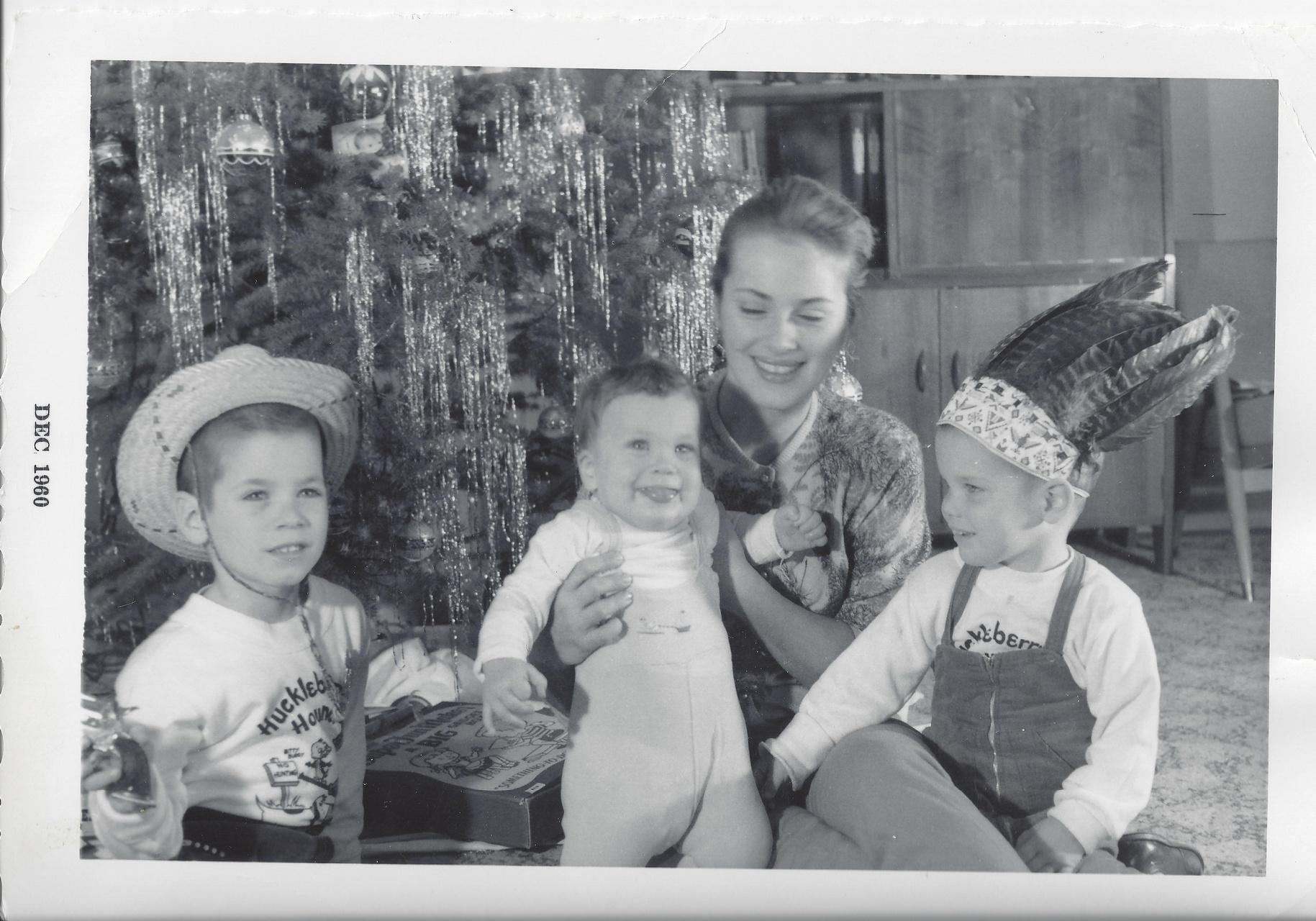 Mom, Jamie, John & Jeff DEC 1960